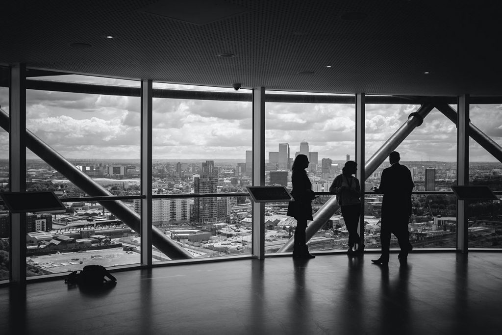 Prêt à vendre votre entreprise ? Pourquoi engager un conseiller en fusions & acquisitions au lieu de le faire vous-même ? (1 de 4)